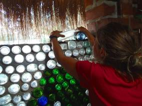 Building with glass bottles